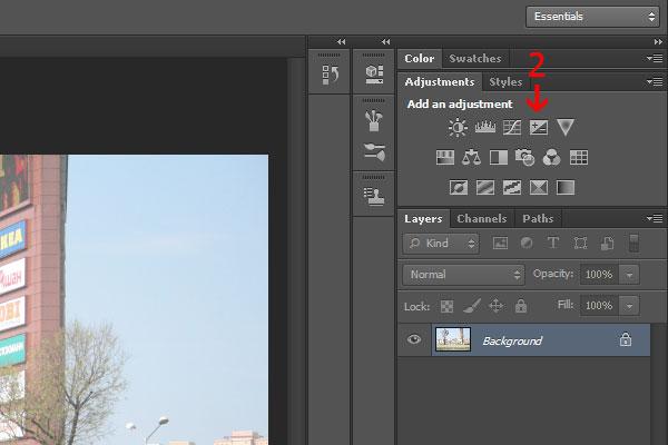 2) Нажмите на кнопку выдержка (Exposure). После нажатия этой кнопки мы видим, что фотошоп поместил корректирующий слой Exposure 1 сверху нашего заднего фона (фотографии).