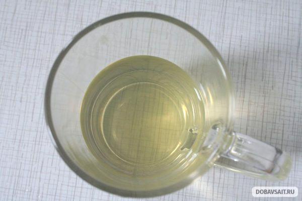 """Новинка от """"Nestea"""" - зеленый чай со вкусом клубники и малины, в кружке"""