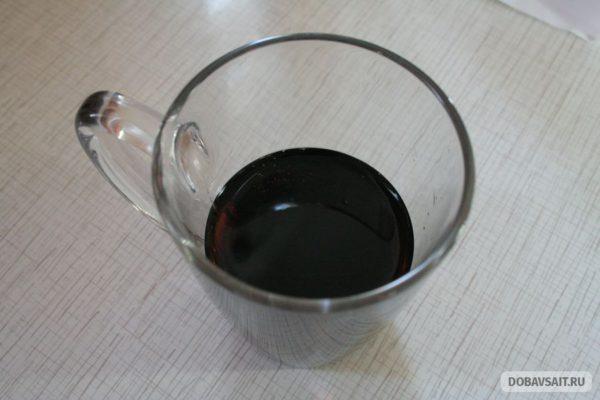 В стакане. ЛеСок. Черная смородина с таежными травами